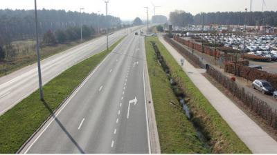 infomarkt R4-knooppunt Wachtebeke (Arcelor) -