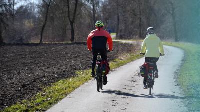 Met de fiets naar het vaccinatiecentrum -